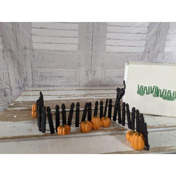 Dept 56 52702 Halloween fence pumpkin cat accessor